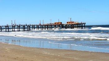 Santa Teresita posee extensas playas donde puede disfrutar del mar, el sol y la arena realizando actividades costeras como paseos en cuatriciclos, caminatas, cabalgatas.