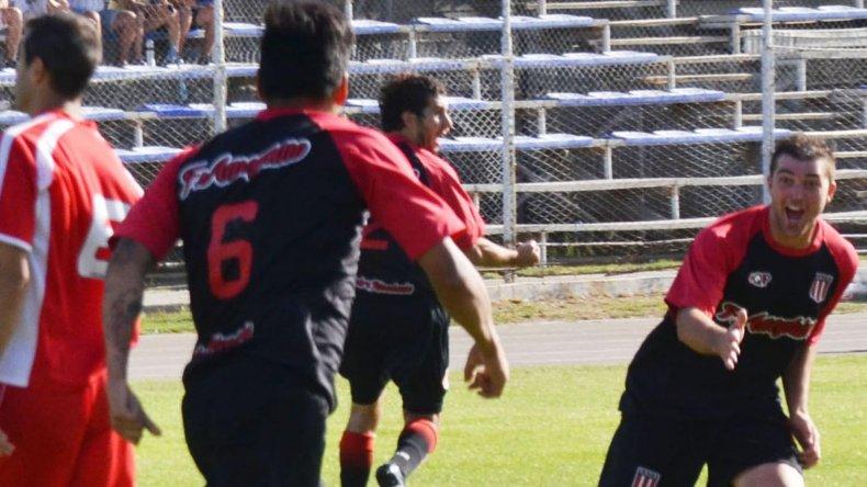 Ameghino viene de empatar 1-1 con Huracán de Trelew.