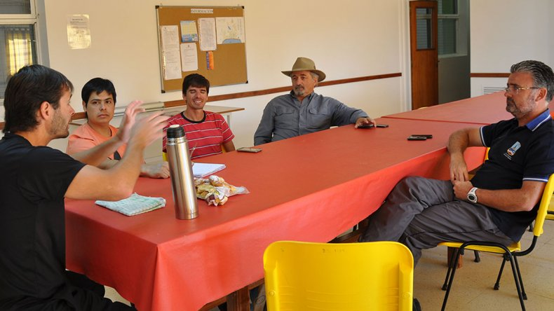 Sarmiento se sumó a esta serie de encuentros que venían manteniendo Comodoro Rivadavia y Rada Tilly.