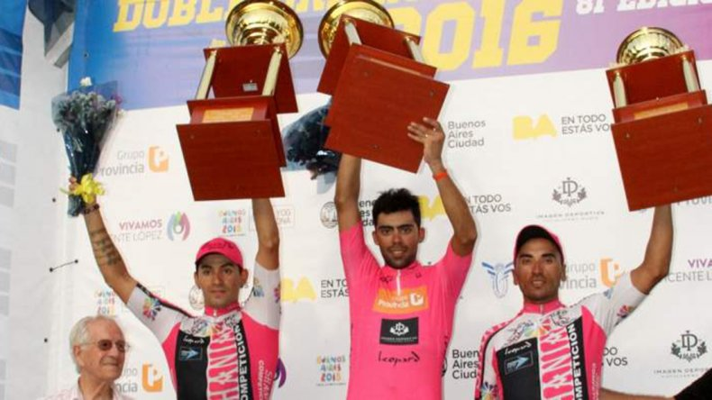 El podio de la Doble Bragado liderado por Laureano Rosas.
