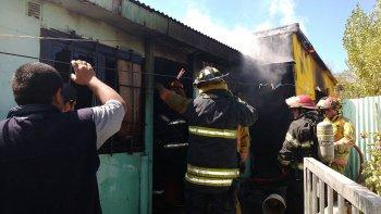 Cansado del hostigamiento decidió prender fuego su casa