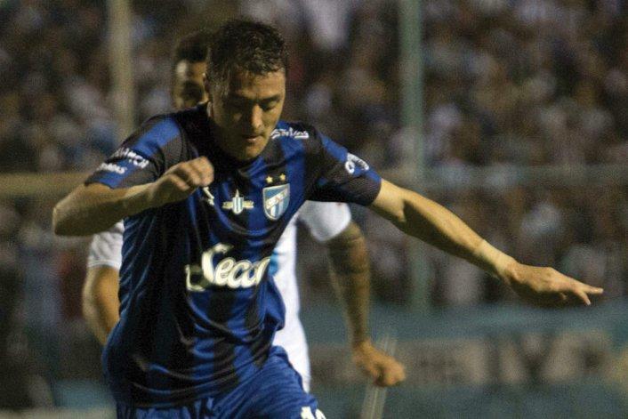 Leandro González marcó el segundo gol de Atlético Tucumán.