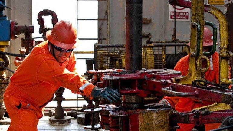 La mexicana PEMEX cesanteará a 10.000 trabajadores petroleros
