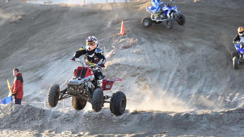 El Arena Cross 2016 cerró una  noche exitosa en Rada Tilly