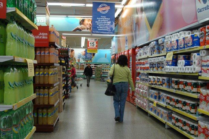 La intención del Gobierno es poner sistemas de monitoreo de precios al servicio de los consumidores.