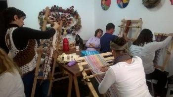 el colectivo de tejedoras brindara un seminario