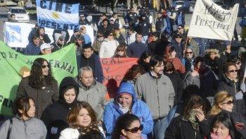 Los municipales de planta permanente esperarán hasta el mediodía para cobrar sus salarios de enero.