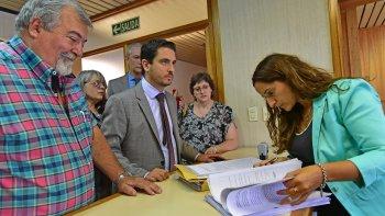 formalizaron las denuncias contra ex funcionarios de educacion