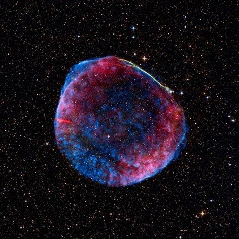 Las ondas gravitacionales contienen información sobre sus orígenes y sobre la naturaleza de la gravedad.