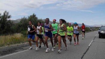 Con el apoyo de Comodoro Deportes y las gestiones de la Asociación de Atletismo del Sur del Chubut, casi medio centenar de atletas competirá en Esquel.
