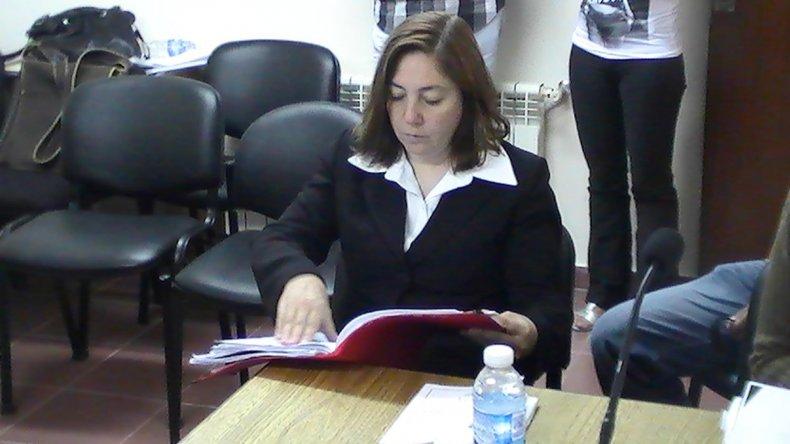 La fiscal Laura Castagno les atribuye negligencia a los profesionales de Manpetrol.