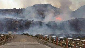 Fuego en Lago Verde y Chile Chico