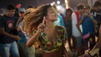 realizaran una clase gratuita de samba en #in
