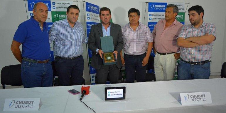La reunión que se realizó ayer en el ente provincial Chubut Deportes con dirigentes de la AFA.