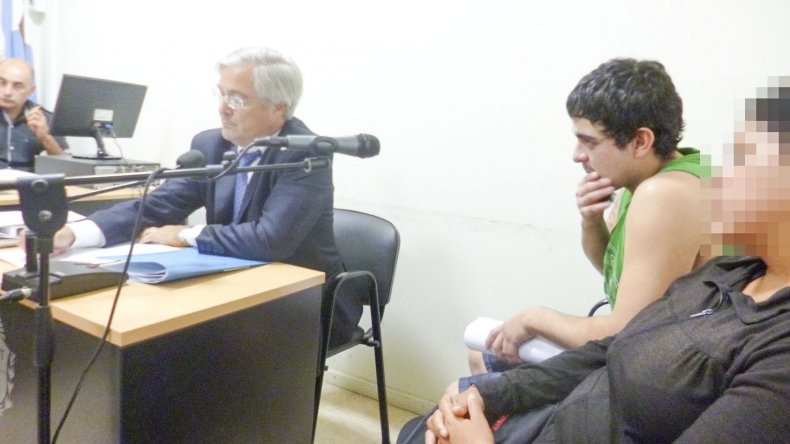 Nahuel Uranga está imputado de asesinar a puñaladas al albañil Oscar Torrico para robarle su mochila y la gorra