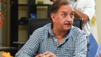 Carlos Linares pide reabrir el debate minero.