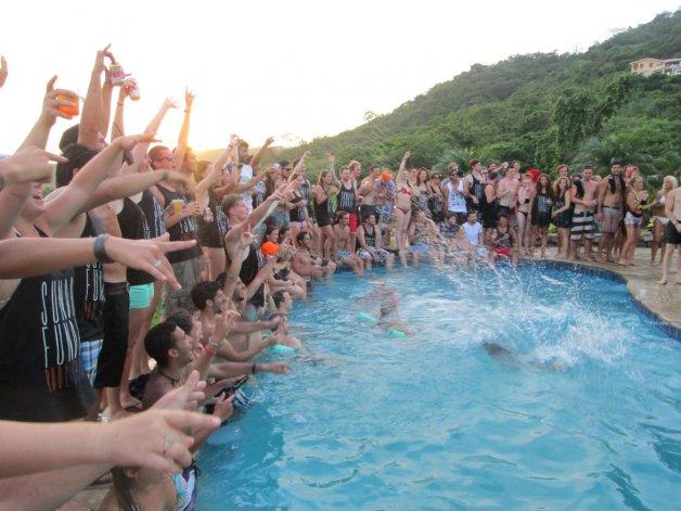 Sus legendarias fiestas en albergues provocaron en el último tiempo un boom de turistas jóvenes americanos.