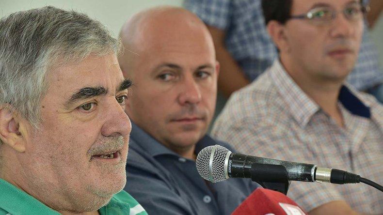 Mario Das Neves al encabezar ayer el plenario de Chubut Somos Todos celebrado en Trelew.