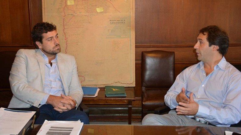 El viceintendente Juan Pablo Luque gestionó ante autoridades de Nación infraestructura para los barrios.
