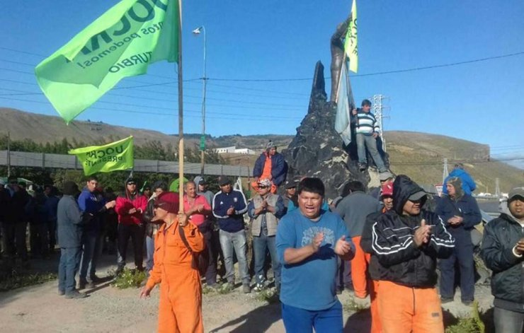 Luego de numerosas manifestaciones frente a la mega usina de Río Turbio