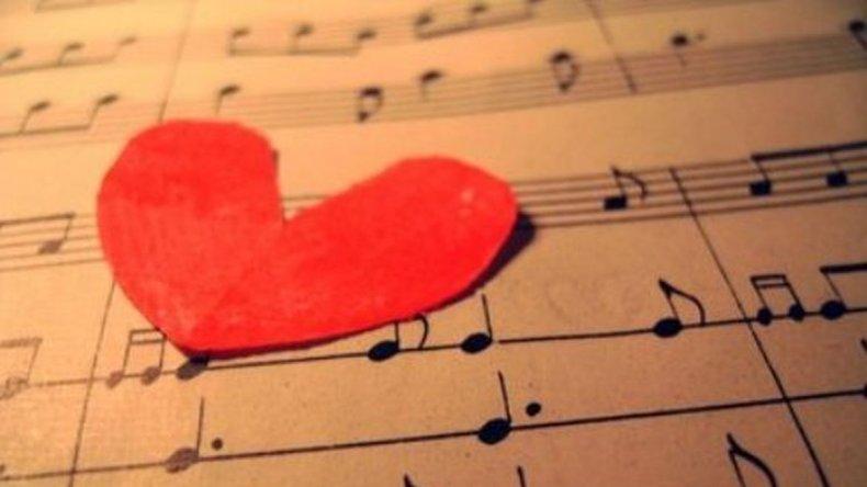Canciones de amor para bailar bien apretados