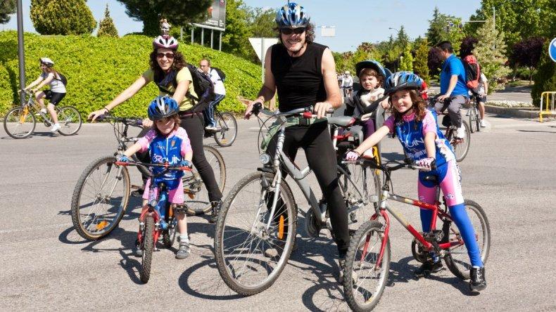 Organizan bicicleteada familiar para recorrer la ciudad