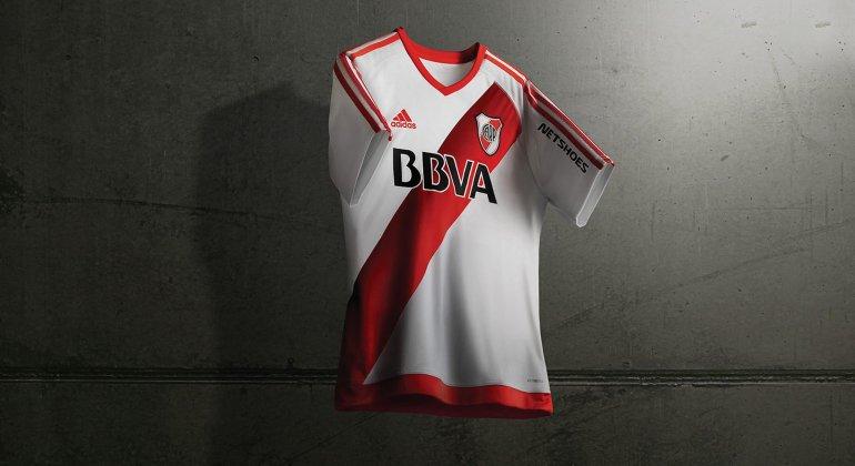 La nueva camiseta de River que lucirá el plantel de Marcelo Gallardo cuando reciba el jueves a Godoy Cruz.