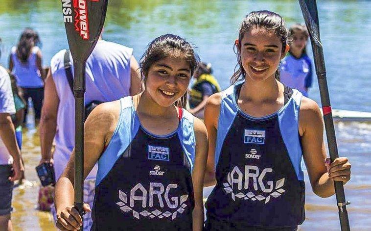 Maira Porman –izquierda– agradeció a Chubut Deportes por el permanente apoyo.