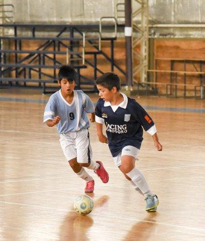 Los chicos de la categoría Infantil también tuvieron acción el fin de semana en el gimnasio municipal 2.