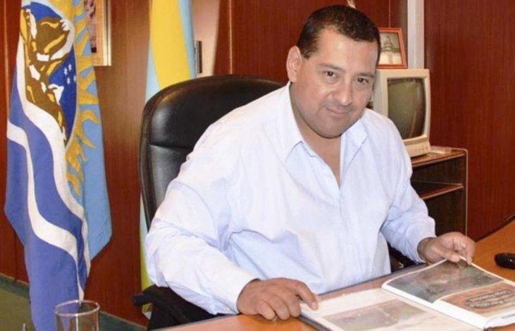 Guillermo Mercado es el primer intendente de Santa Cruz que en esta etapa de crisis financiera decidió recortar su salario.