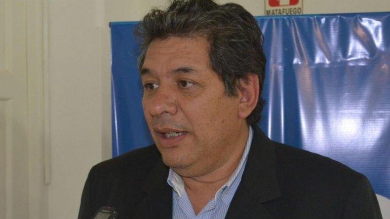 Daniel Campillay es el subsecretario de Fiscalización local. Dijo que vecinos denunciaron que tenían productos en mal estado.