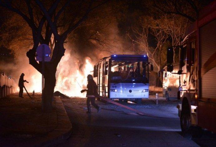 Atentado en Turquía: 5 muertos y 10 heridos
