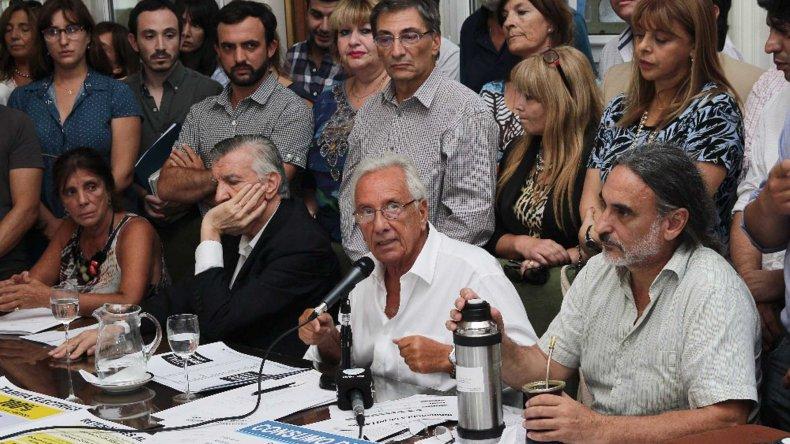 El bloque de diputados del FpV se reunió con el principal objetivo de debatir la estrategia a futuro.
