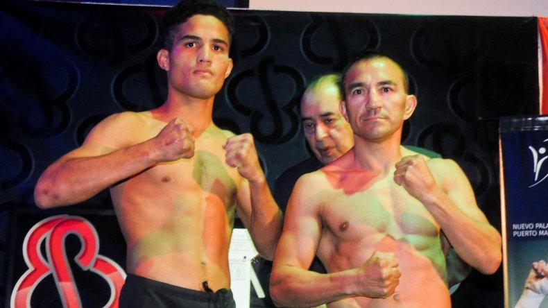 Omar Narváez y Jesús Vargas luego del pesaje realizado ayer.
