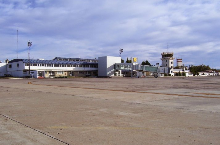 El aeropuerto de Comodoro quedó marginado de las obras de Nación