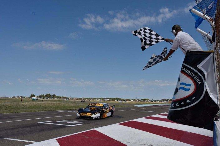 El Chevrolet de Leonel Pernía que ayer se quedó con la victoria en el autódromo rionegrino de Viedma.