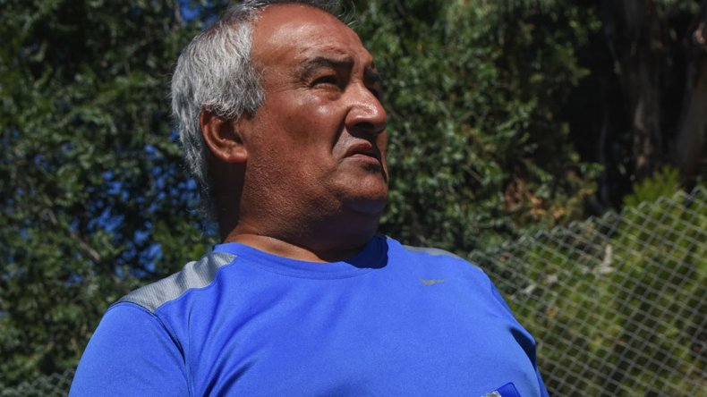 Armando Tula confía en el trabajo diario para conseguir los primeros tres puntos frente a Cruz del Sur.