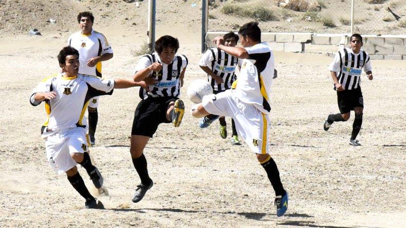 El fútbol de los barrios brilló durante el fin de semana en Comodoro Rivadavia.