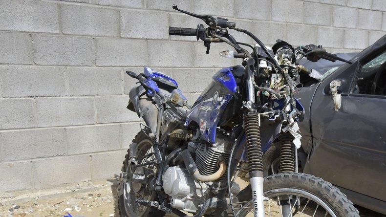 La motocicleta en la que se desplazaba Matías Castillo ayer a la madrugada.