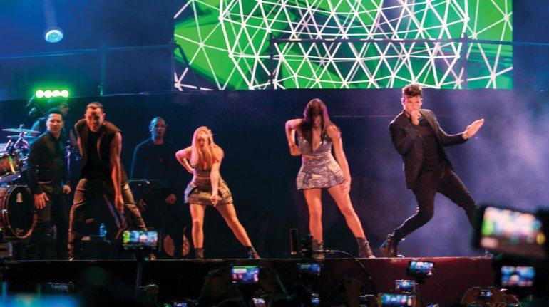 Ricky Martín ofreció un magnífico show en el Anfiteatro del Bosque ante 25 mil personas.