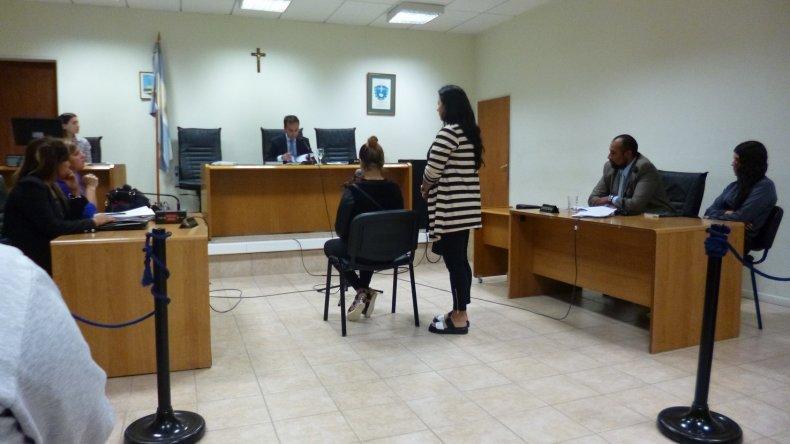 Laura, quien fue atacada con un cúter, le manifestó hoy al juez que