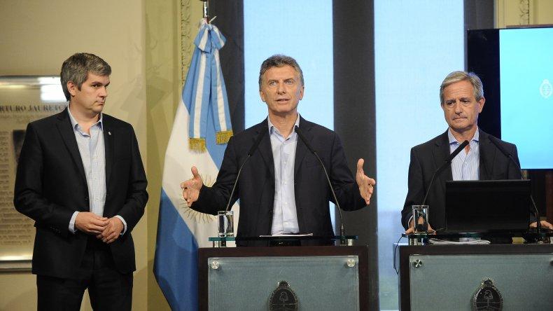 Macri junto a parte de su Gabinete presentó un plan de reforma estatal.