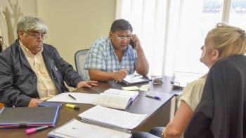 En el Concejo, Avila reiteró que son 3.000 los puestos laborales en peligro por la crisis petrolera en la Cuenca del Golfo San Jorge.