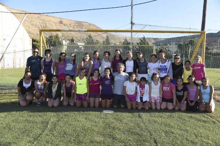 En hóckey el Club Santa Lucía apunta a recuperar jugadoras y tener presencia en todas las categorías.