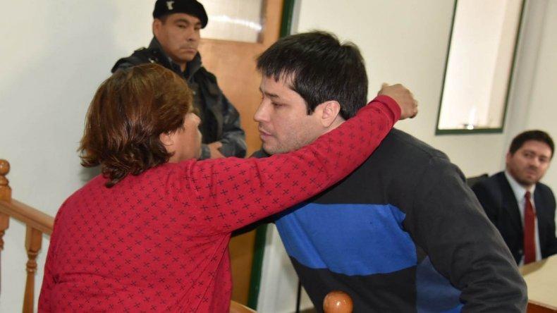 Momentos de profunda emoción se vivieron cuando el Tribunal ordenó la inmediata libertad de Fuentealba