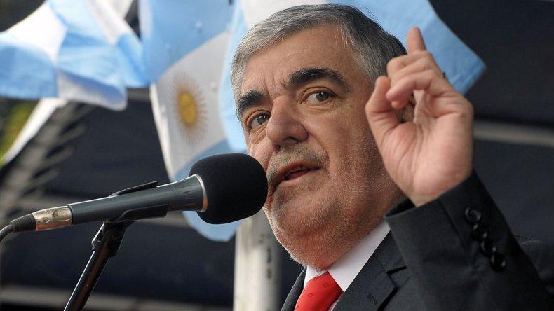 Para Das Neves la nueva Constitución debe tocar los temas más contundentes