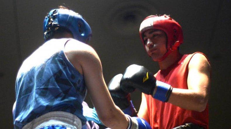 Seis serán los combates que se realizarán esta noche en el gimnasio municipal 1.