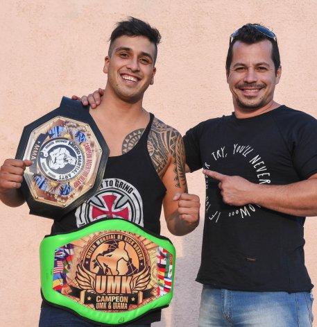 Santiago Barrios y su entrenador Marcelo Lima se preparan para la defensa del título y la chance de ser parte de un reality show.