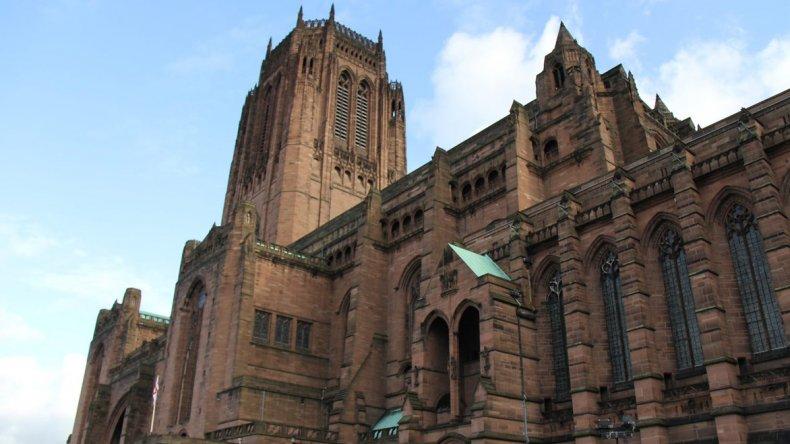 The Anglican Cathedral es la más grande de la Gran Bretaña.