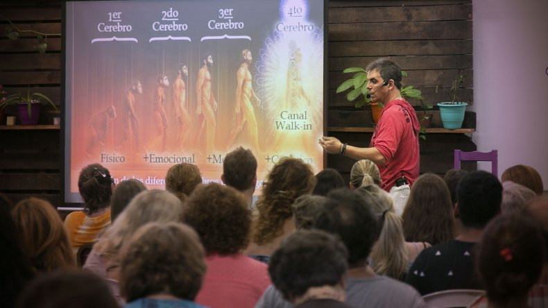 El orador Daniel Cipolat llega a Comodoro Rivadavia para presentar el taller La Configuración Espiritual.